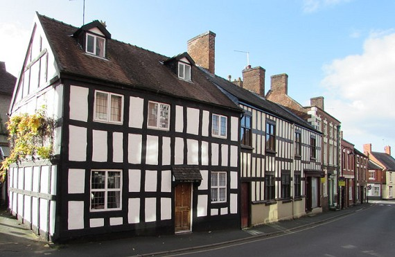 places - Whitchurch (The Old House)